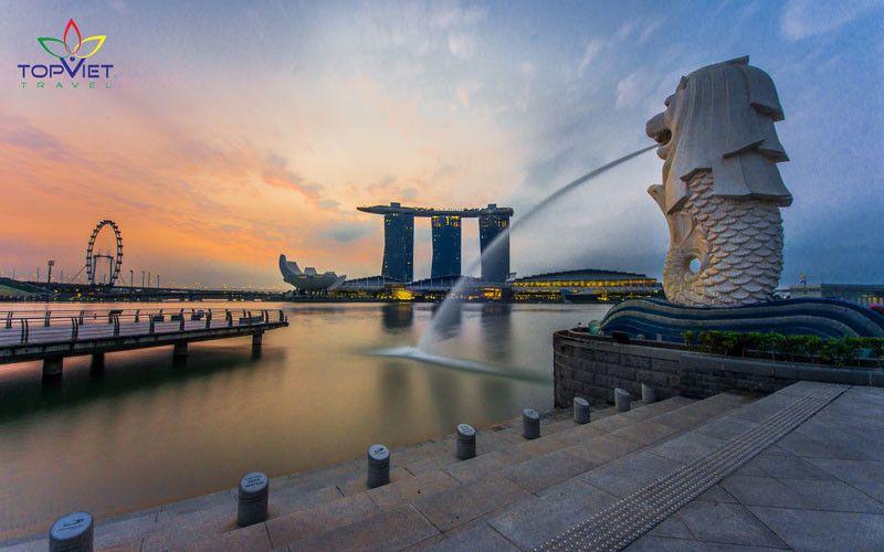 tháp sư tử biển Merlion Singapore