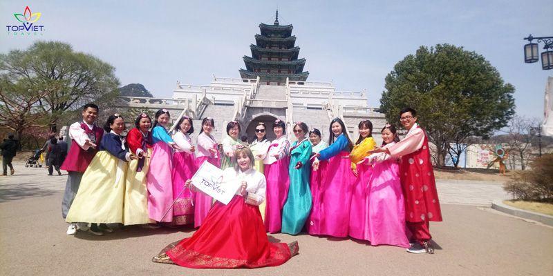 mặc hanbok hàn quốc dạo cung điện gyeongbok